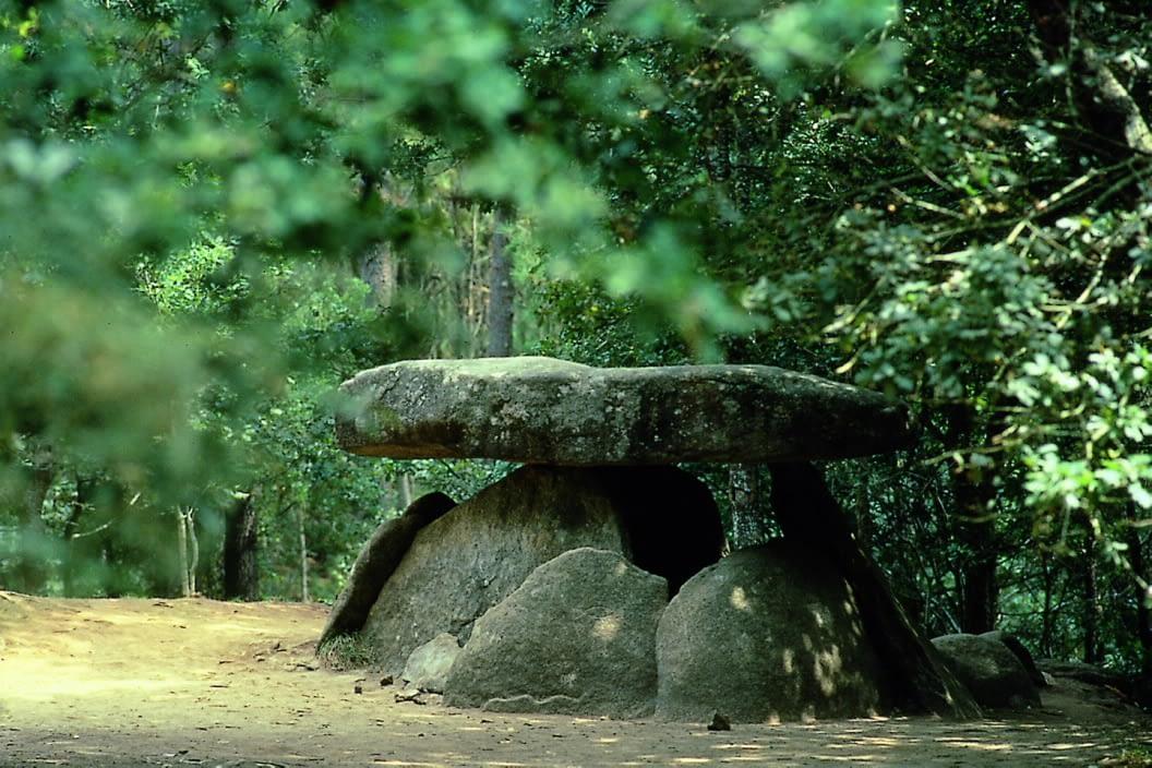 dolmen-axeitos